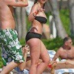 jennifer-love-hewitt-bikini-1-02-682x1024