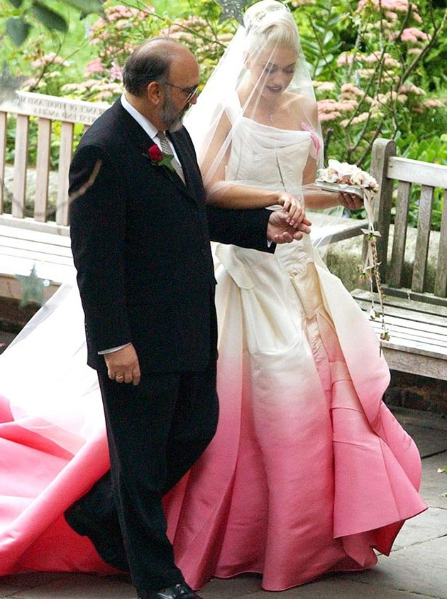Gwen_Stefani_wedding_dress