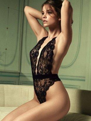 colectia de lenjerie intima Victoria's Secret